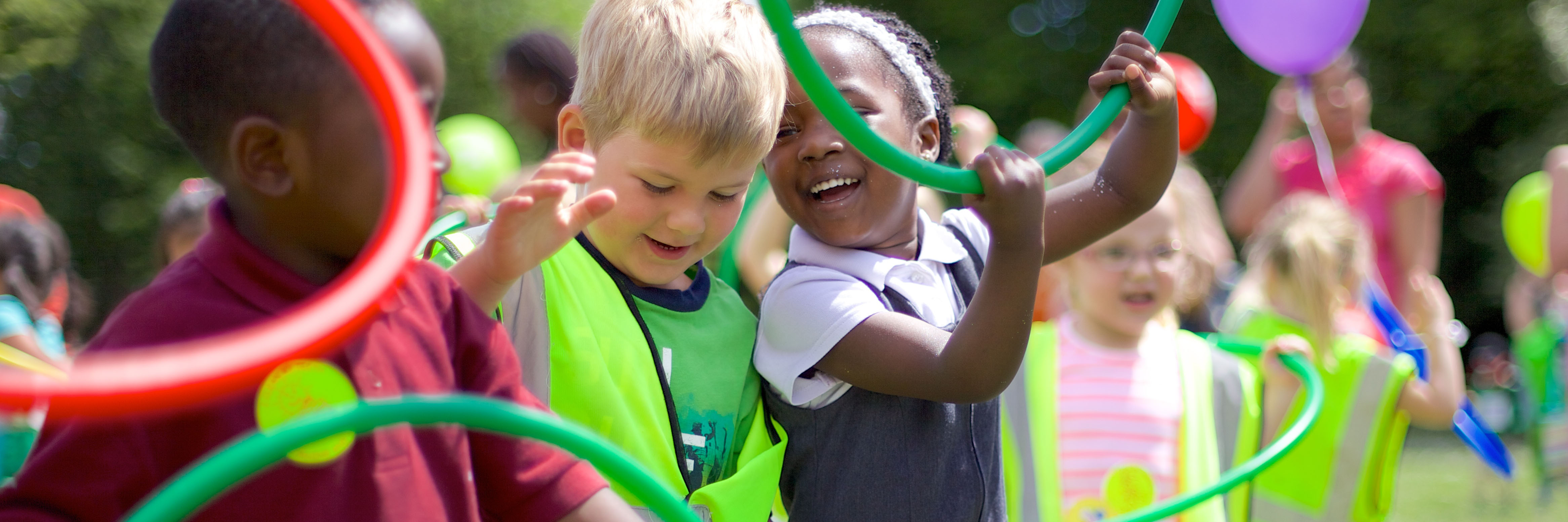 boys and girls playing - challenging gender stereotypes blog