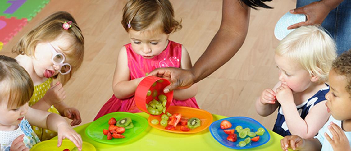 Children eating fruit