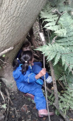 Den building, children aged 3 - 5