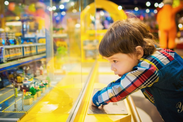 toddler playing SEND survey