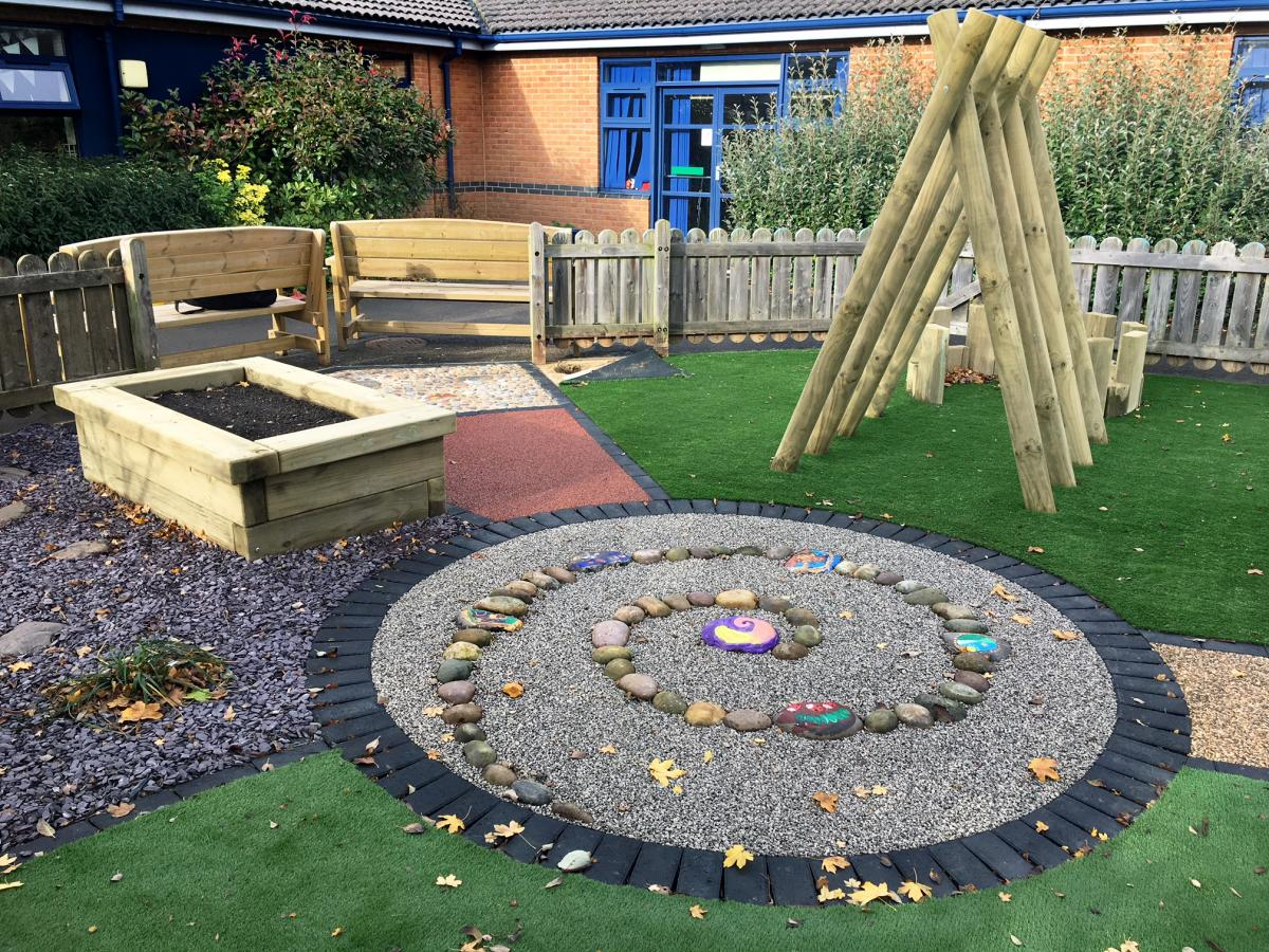 Inclusive outdoor play environment