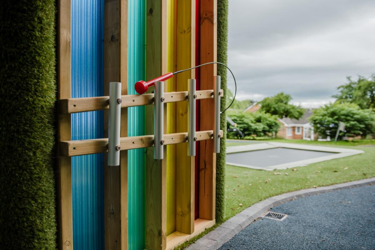 Light and sound arbour for outdoor play