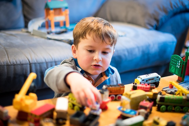 child playing - childcare deprived areas