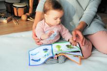 Early language support - child reading